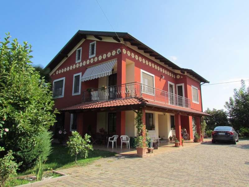 Foto 1 di Casa indipendente Cuneo